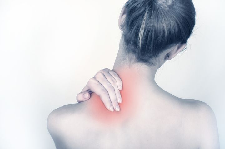 TOP 7 exercises discomfort pain in neck and shoulders