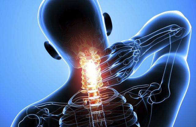 What to do if I have strong pain in neck and shoulders - treatments