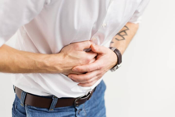 Intense pain in stomach after eating causes and treatment