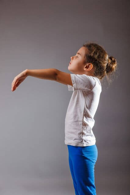 Danger sleepwalking in children: How to behave lunatics