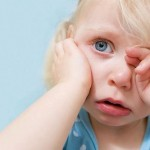 First aid ear pain in children
